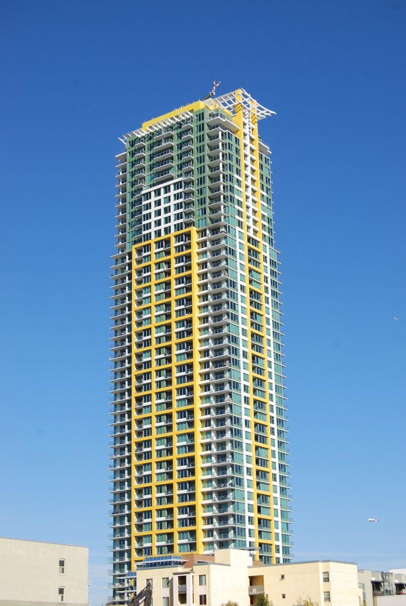 Pinnacle Bayview Towers (3)