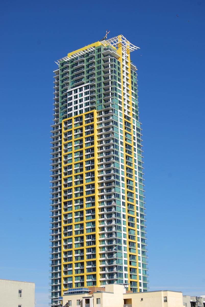 Pinnacle Bayview Towers (5)